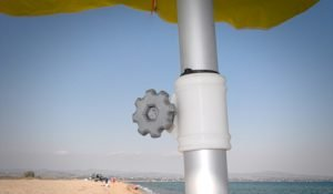 beach-umbrella-clamp